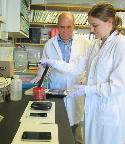 Dr. Whary working with Postdoctoral Student Mia Lieberman